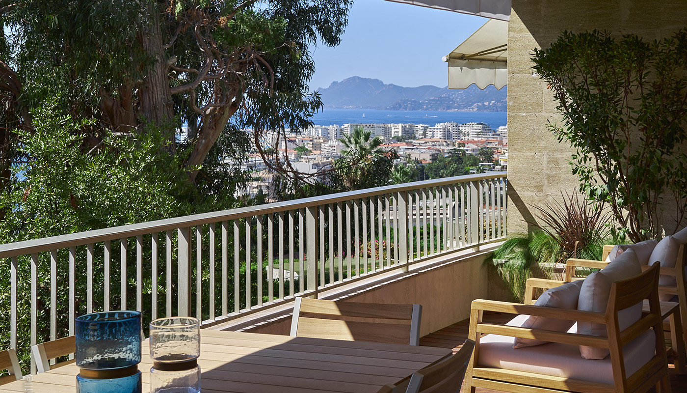 APPARTEMENT - CAPO DI MONTE - CANNES